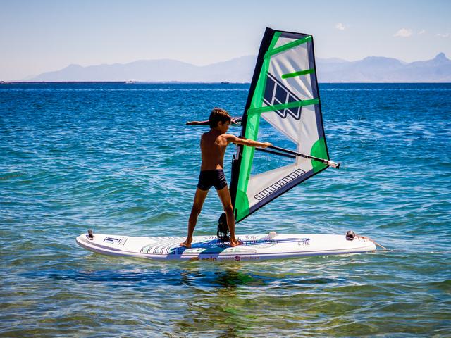 https://www.eolowindsurf.com/eolosardinia/wp-content/uploads/2019/02/windsurf-2019.jpg