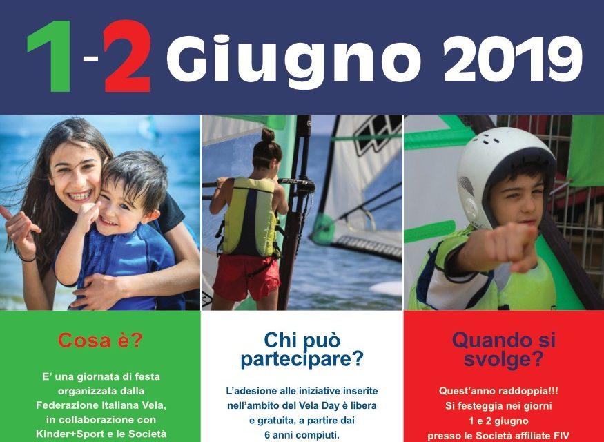 https://www.eolowindsurf.com/eolosardinia/wp-content/uploads/2019/06/poster_35x50_fiv_veladay-875x640.jpg